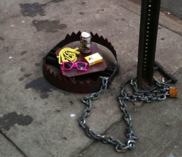 street_art_hipster_trap_1-600x517